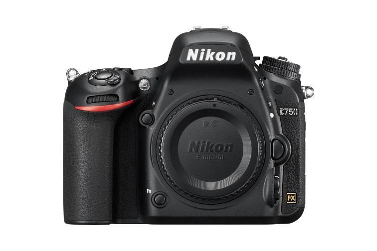 Câmara DSLR Nikon D750 (Sensor Full-Frame - FX)
