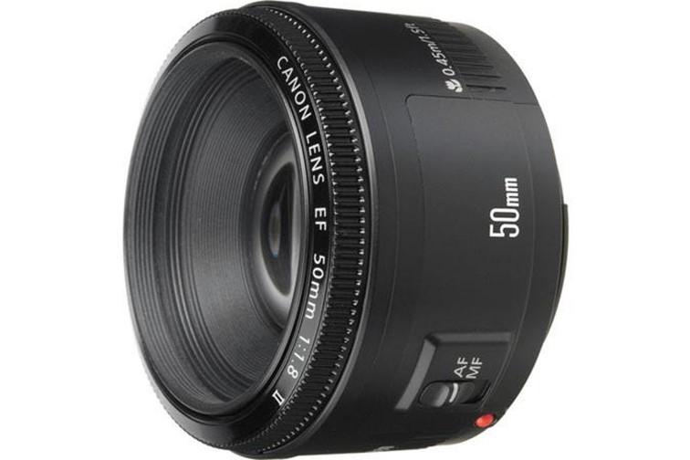 Objetiva Prime Canon EF 50mm f/1.8 II